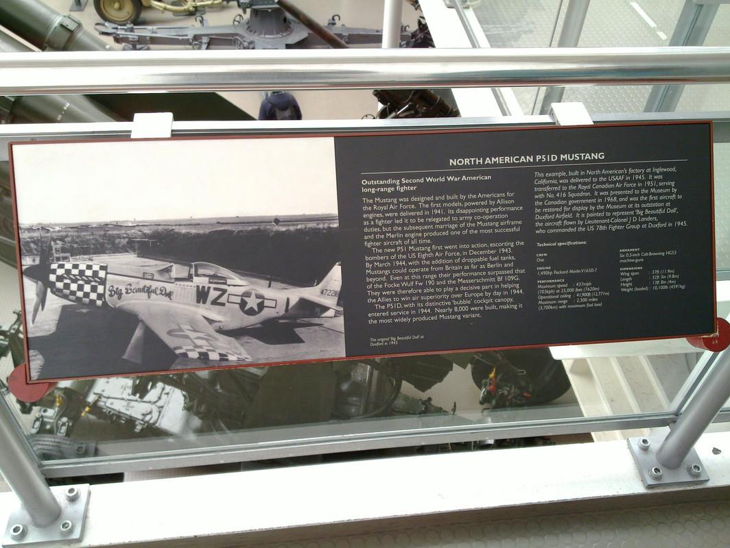 Slike: Imperial War Museum v Londonu (POZOR: VELIKE SLIKE) North_American_P51_D_Mustang_0_PIS