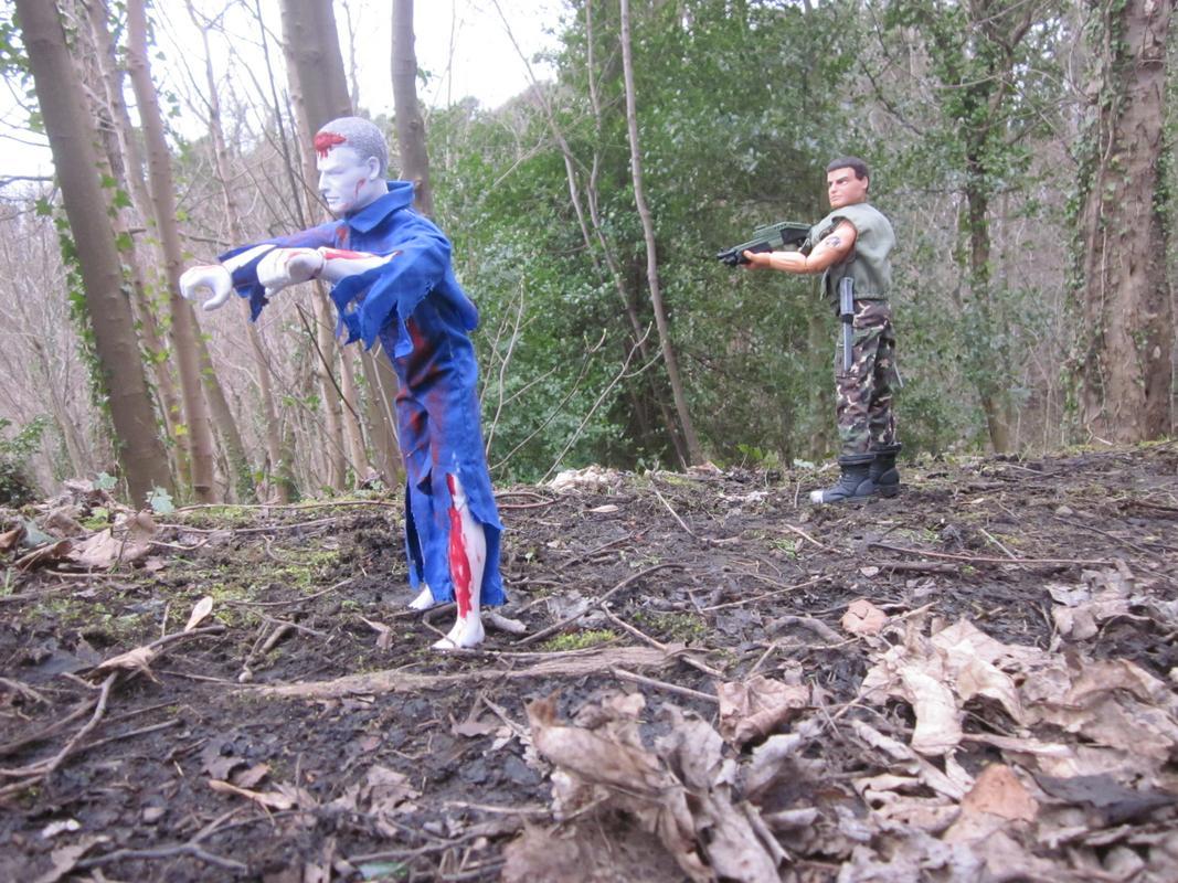 One Zombie Slayer vs one Zombie. (Ackie88) IMG_2317