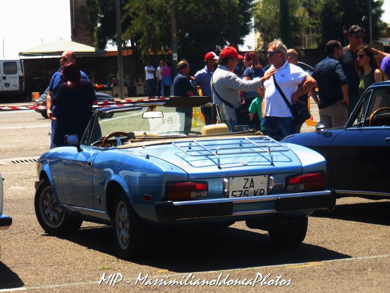 1° Raduno Auto d'Epoca - Gravina e Mascalucia Fiat_124_Spider_America_2.0_83cv_80_ZA575_KR_2