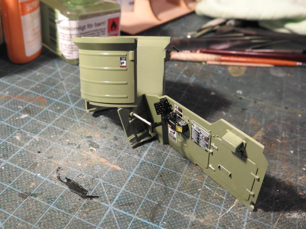 M3A3 Bradley TUSK III- Meng 1/35 - Sida 2 DSCN6063