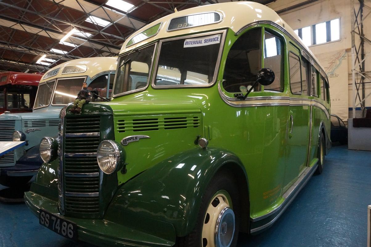 MAM visiting The Scottish Vintage Bus Museum. 9_AA40_D13-811_E-4651-8176-197_B41_FDF0_B0