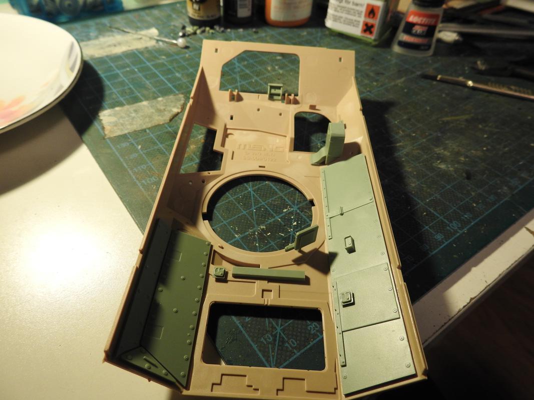 M3A3 Bradley TUSK III- Meng 1/35 - Sida 2 DSCN6111