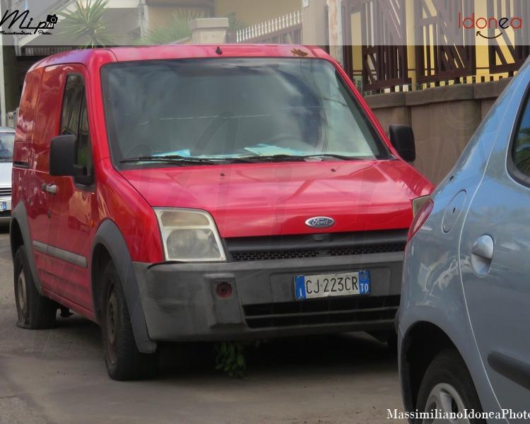 Mezzi Abbandonati - Pagina 4 Ford_Transit_Connect_TDCi_1.8_75cv_15_LUGLIO_03_CJ223_CR_1