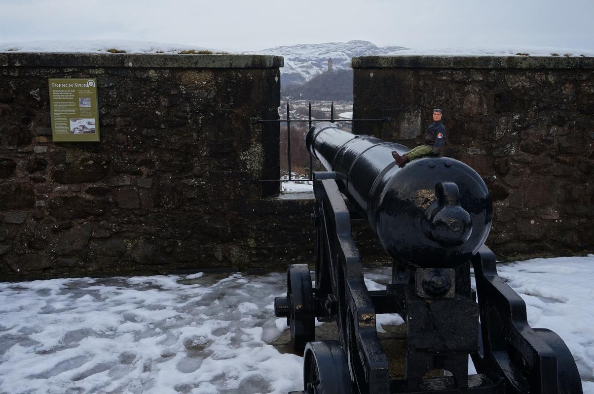 My MAM at Stirling castle  (Ackie88) DF2_FC2_A0-2_BFC-4341-_B55_D-_DA9_FD3_CEDEE0