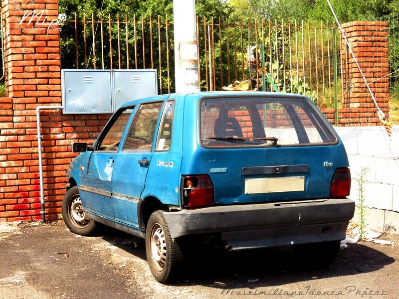 Auto Abbandonate - Pagina 37 Fiat_Uno_45_1.0_45cv_93_CTA75003
