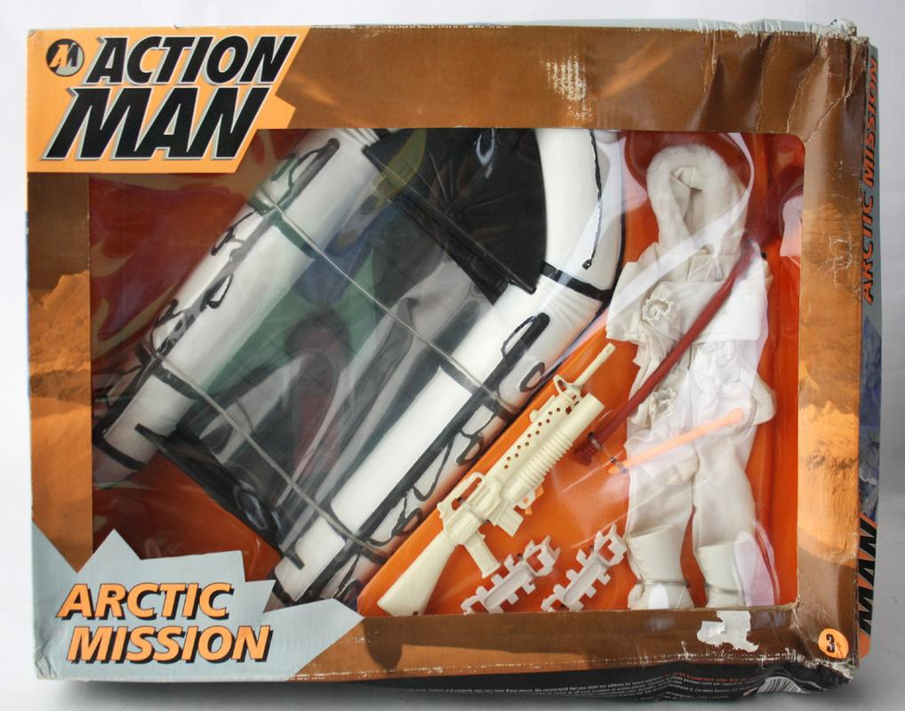 Action Man Arctic figures, carded sets and vehicles. IMG_0385