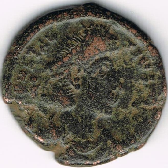 AE4 de Constancio II. SPES REI PVBLICE. Emperador a izq. 21a