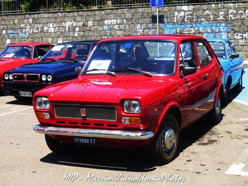 1° Raduno Auto d'Epoca - Gravina e Mascalucia Fiat_127_900_75_CT379690_4