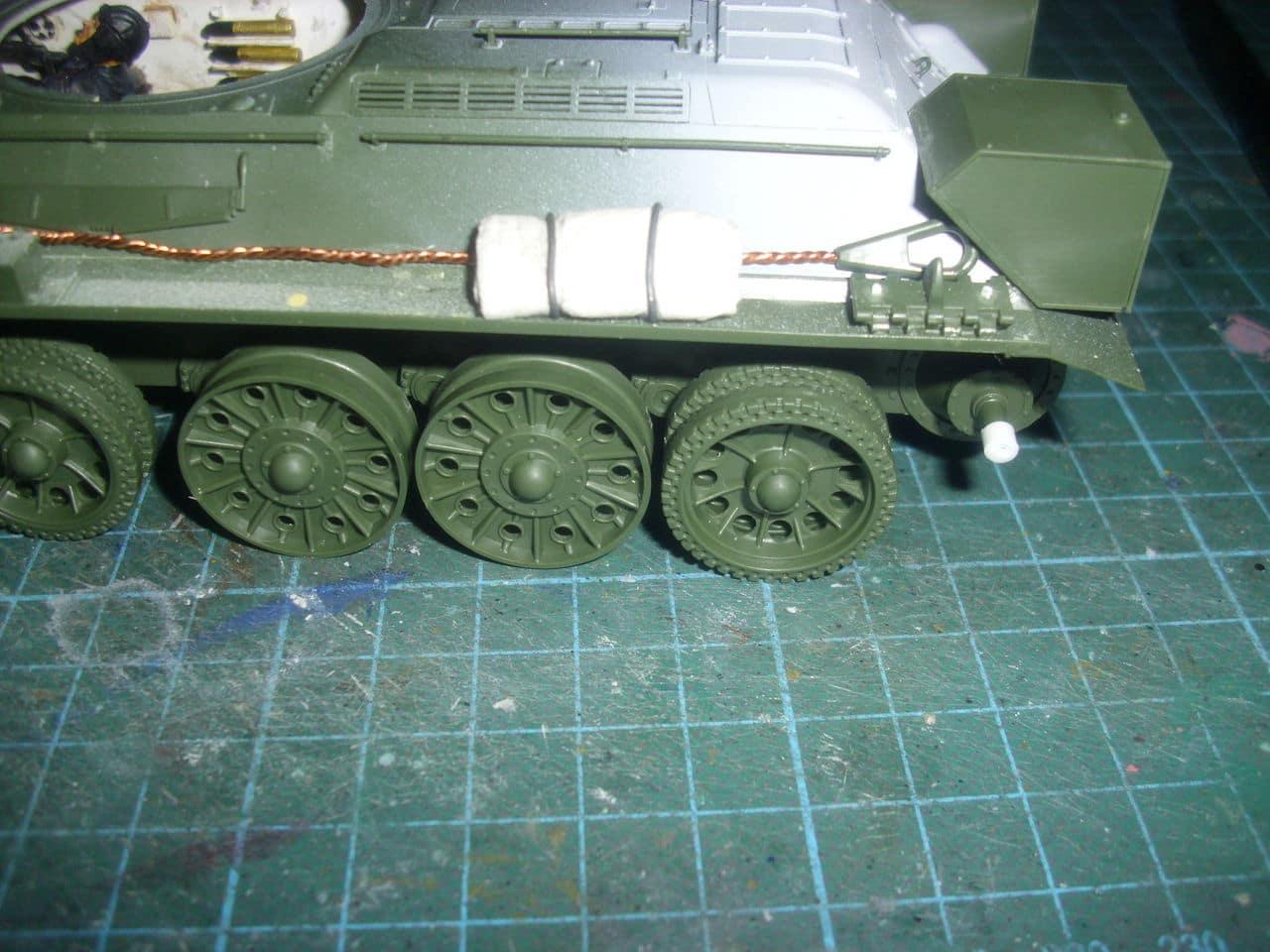 T-34/76 1943 early model. ICM 1/35 - Sida 4 DSCI0650