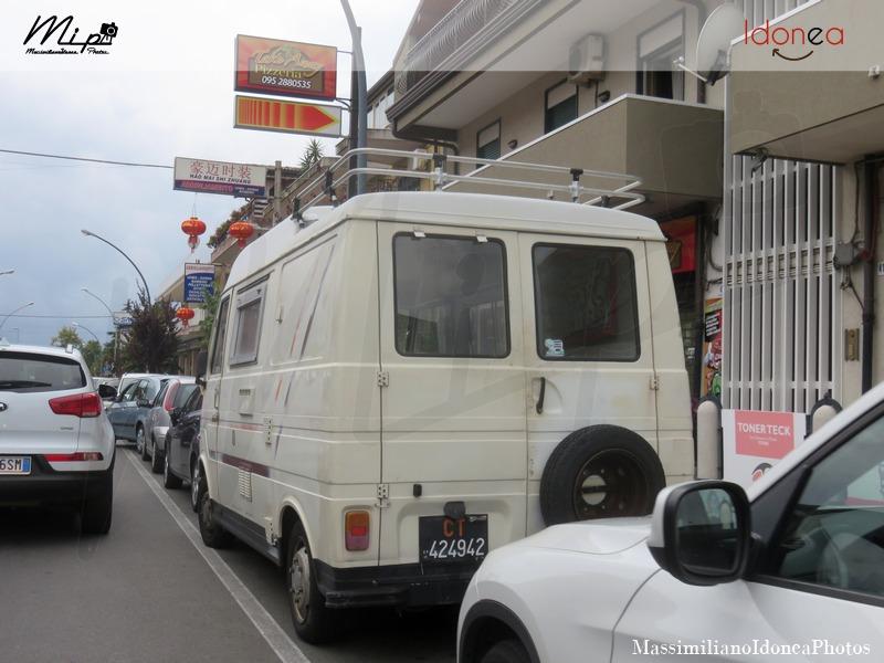Veicoli commerciali e mezzi pesanti d'epoca o rari circolanti - Pagina 2 Fiat_242_Camper_Diesel_2.2_71cv_77_CT424942_2