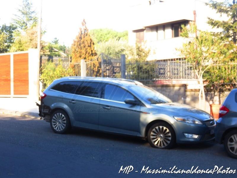 Auto Abbandonate - Pagina 40 Ford_Mondeo_SW