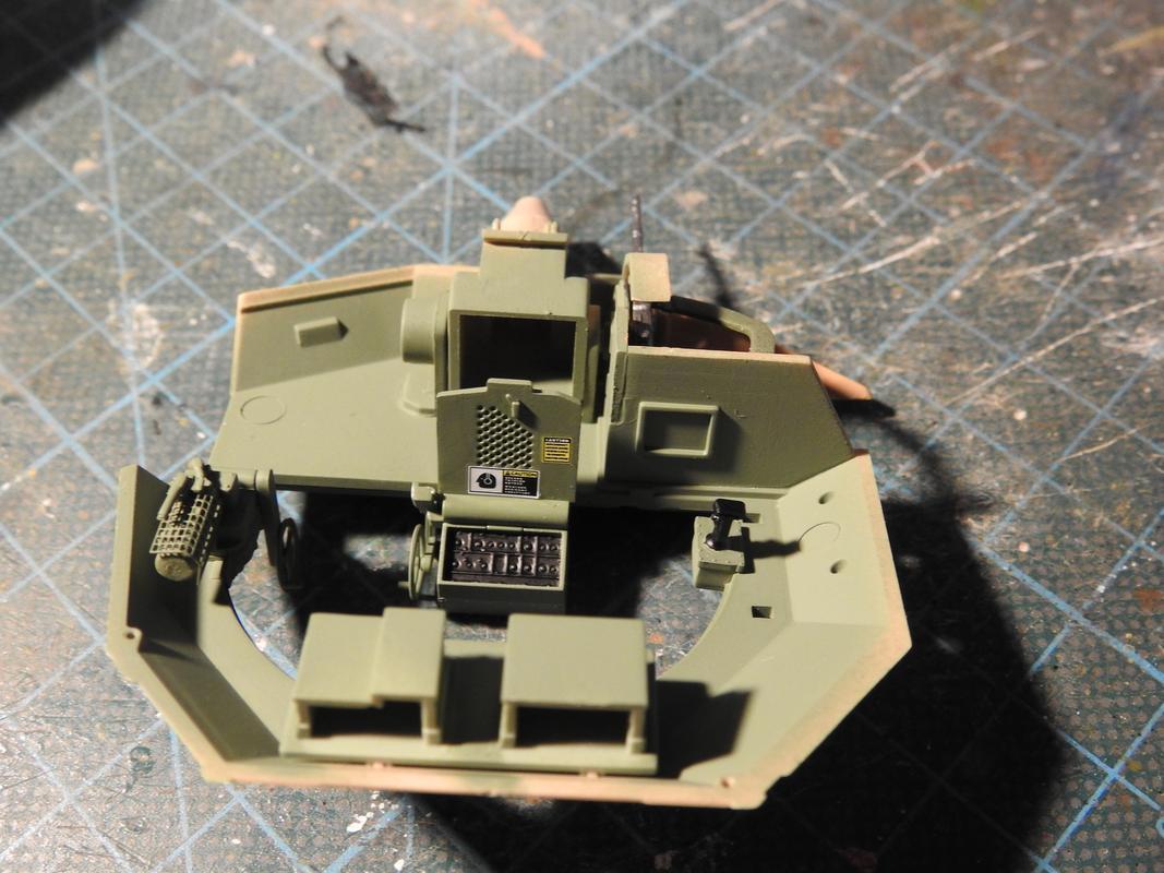 M3A3 Bradley TUSK III- Meng 1/35 - Sida 4 DSCN6331