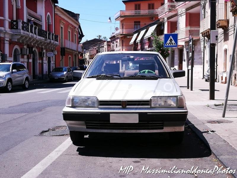 avvistamenti auto storiche - Pagina 38 Rover_213_SE_1.4_73cv_87_CT779260