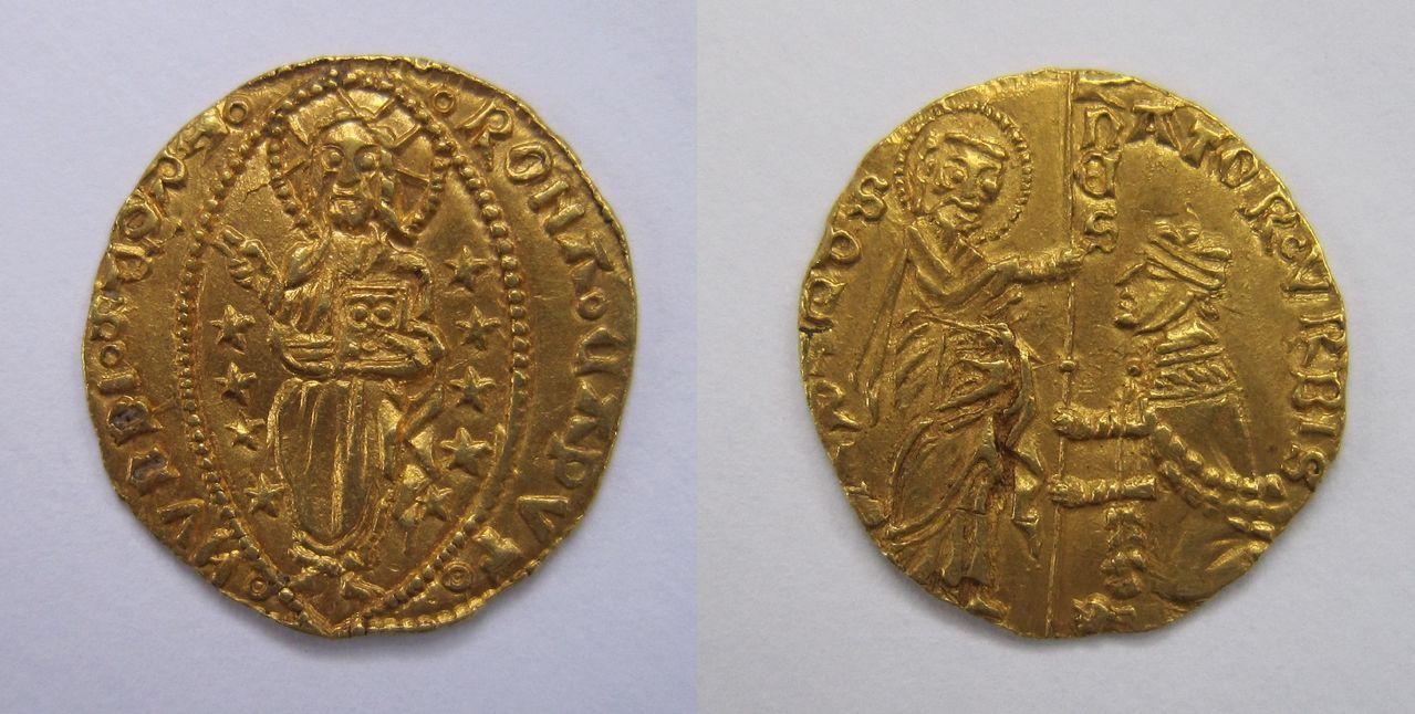 1 ducado o zecchino veneciano.  Ducado_Senatorial_Roma