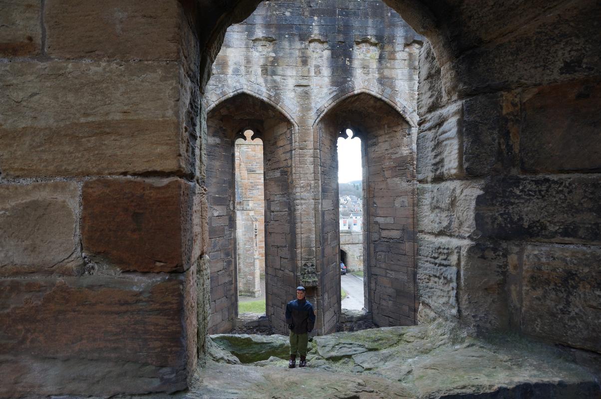 Action Man Linlithgow Palace random pictures E28003_B5-72_FC-4_A59-9693-99733_C767_B8_D