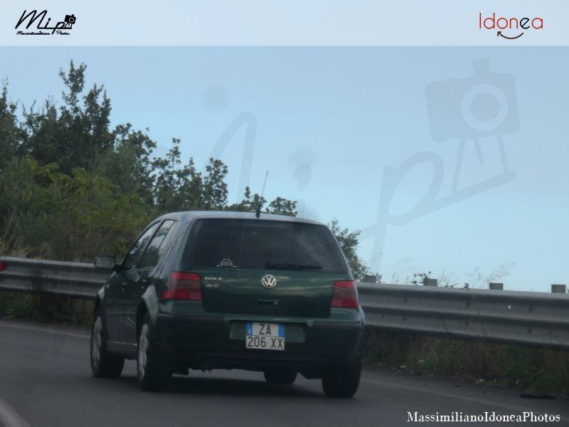 Avvistamenti di auto con un determinato tipo di targa - Pagina 17 Volkswagen_Golf_ZA206_XX_2