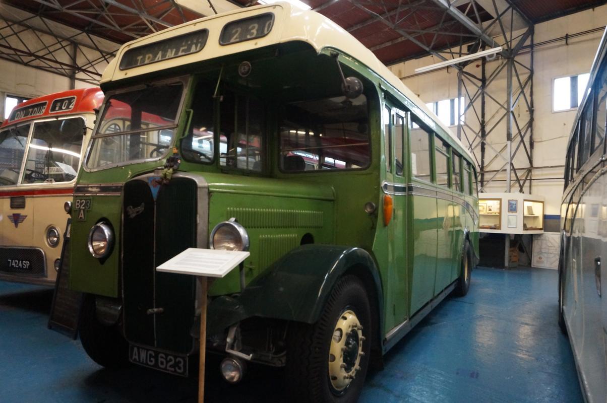 MAM visiting The Scottish Vintage Bus Museum. 579_CCC23-0_DDB-49_C2-874_E-3_EC461_C25_C05