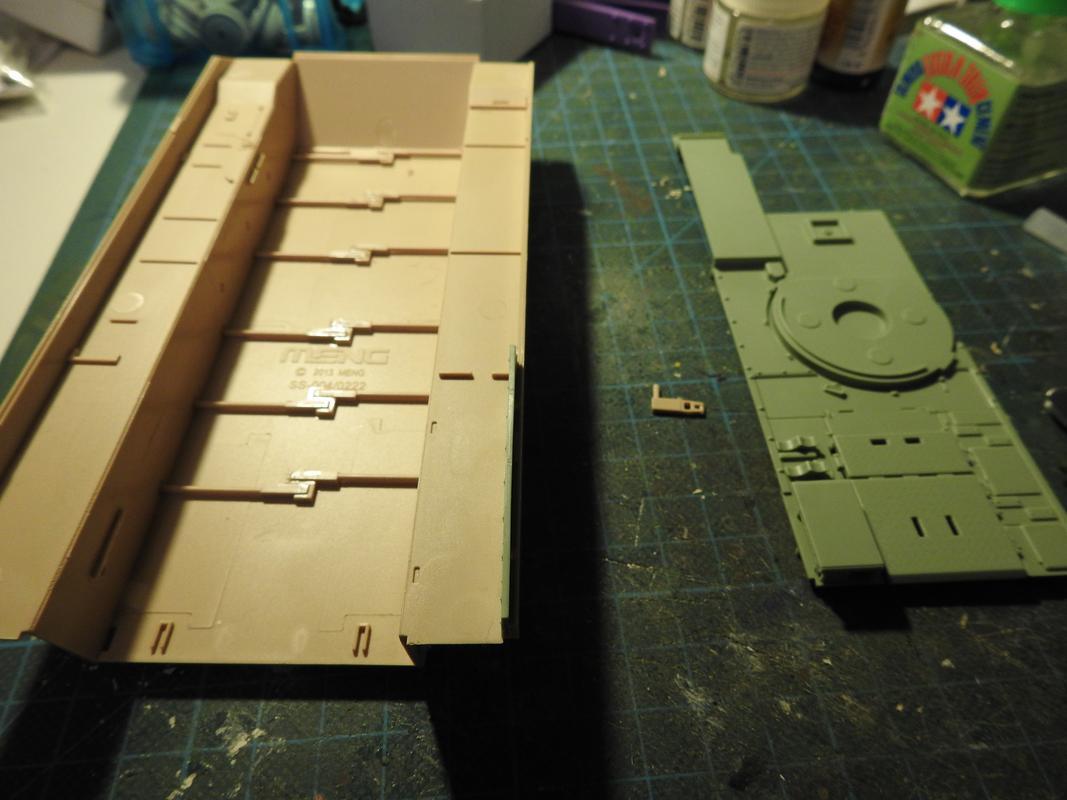 M3A3 Bradley TUSK III- Meng 1/35 DSCN5815