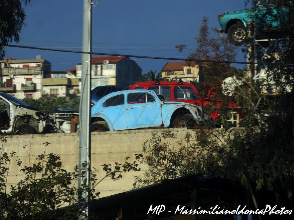 Auto Abbandonate - Pagina 38 Sfascio_Misterbianco_Volkswagen_Maggiolino_e_R