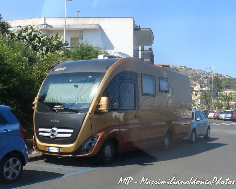 Veicoli commerciali e mezzi pesanti d'epoca o rari circolanti - Pagina 37 Mercedes_VAS_Indigo_680_Camper_CDI_3.0_170cv_08