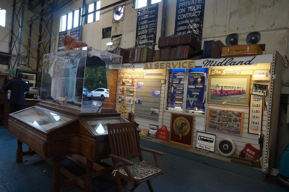 MAM visiting The Scottish Vintage Bus Museum. 8_C2_A2547-45_FA-4_E00-9866-2_F062_E830583
