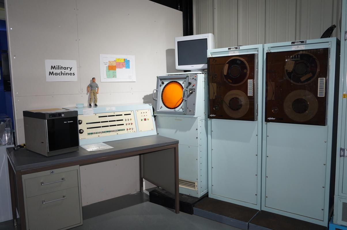 My MAM visiting  Cambridge Computer History Museum. 123_EF1_DB-234_D-4_D24-_A9_CE-4_A414_EA86136