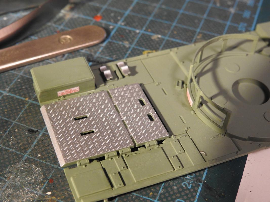 M3A3 Bradley TUSK III- Meng 1/35 - Sida 2 DSCN6017