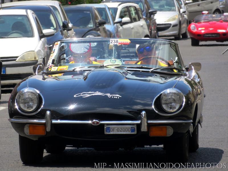 Giro di Sicilia 2017 - Pagina 3 Jaguar_E-_Type_Cabriolet_4.2_265cv_69_DF020_DD_2