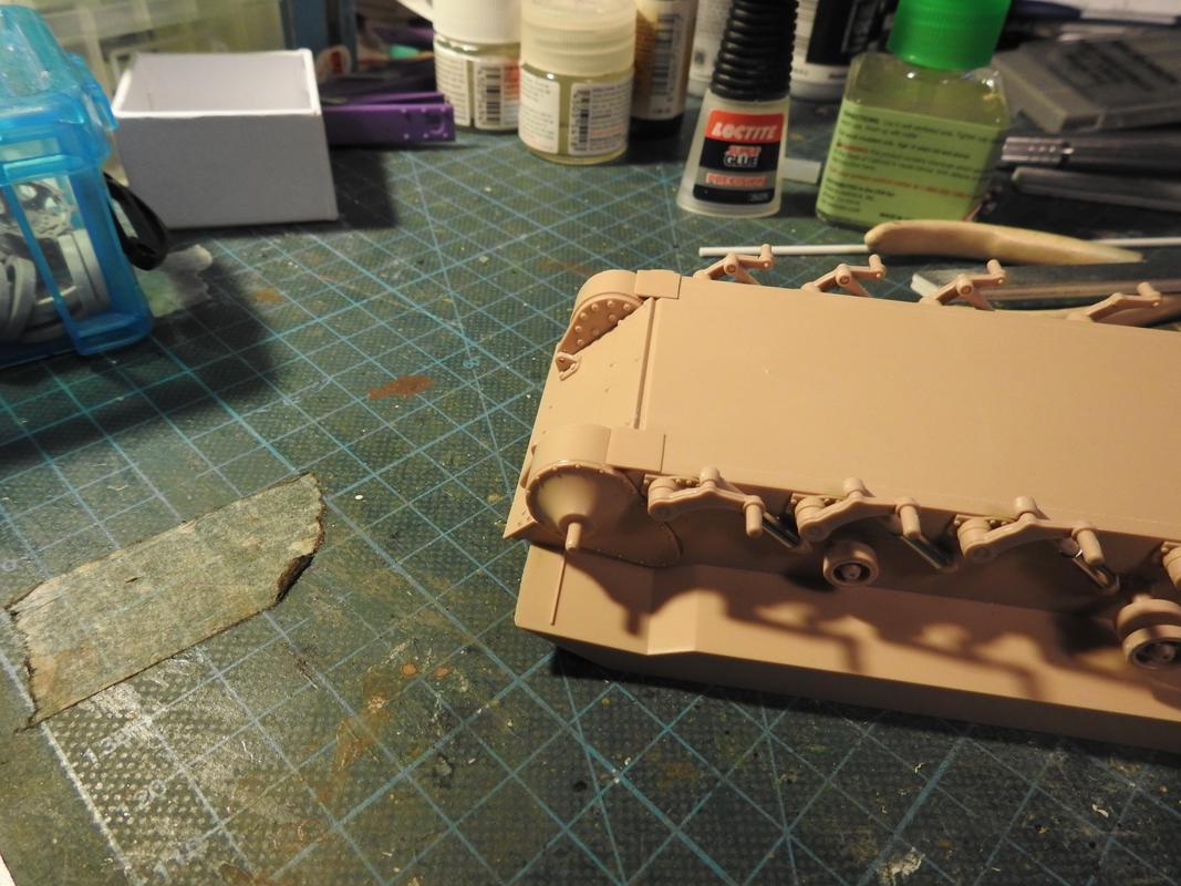 M3A3 Bradley TUSK III- Meng 1/35 DSCN5804