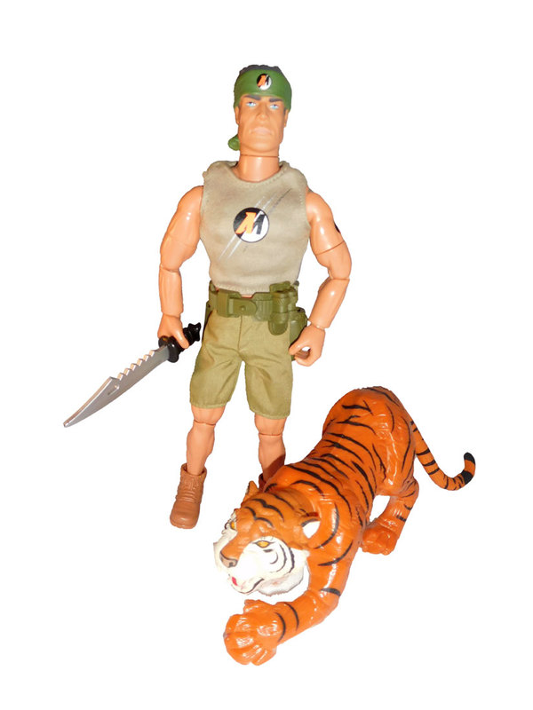 ACTION MAN ANIMAL SETS & CARDED SETS LIST. IMG_0171
