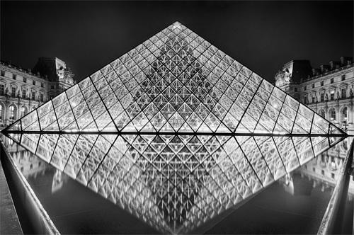 Die Erde, in der wir leben und der Raum, der die Welt ist - Seite 29 Louvre