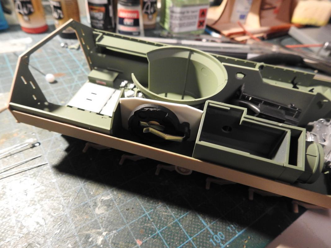 M3A3 Bradley TUSK III- Meng 1/35 - Sida 2 DSCN6058