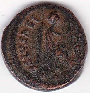 AE4 de Aelia Flaccilla - SALVS REIPVBLICAE - Victoria sedente y escudo - Constantinopla Ir260b