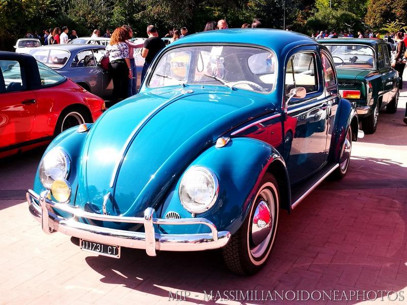 Passeggiata d'Autunno, Pedara (CT) Volkswagen_Maggiolino_1.2_64_CT111731_2