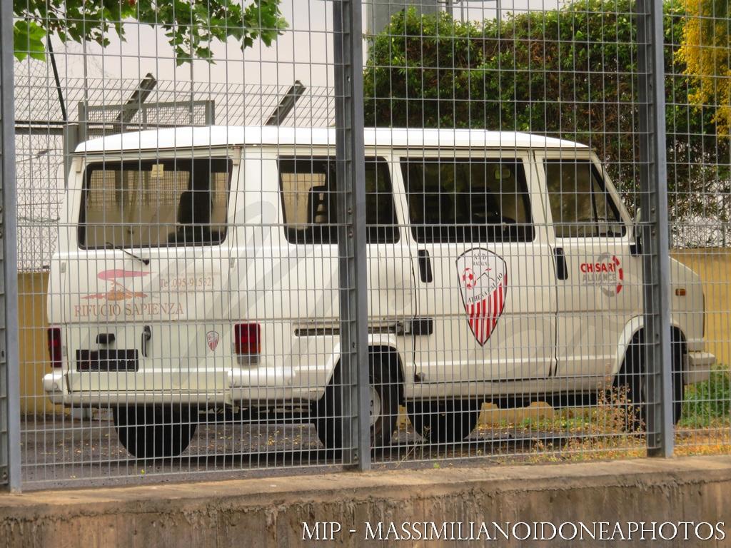 Veicoli commerciali e mezzi pesanti d'epoca o rari circolanti Fiat_Ducato_D_2.4_72cv_EN086196