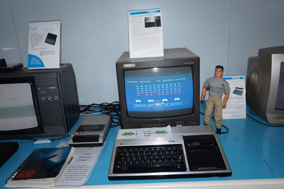 My MAM visiting  Cambridge Computer History Museum. BD4_C78_BA-_FA02-46_BE-_B4_D8-_F5_AEAF690_C62