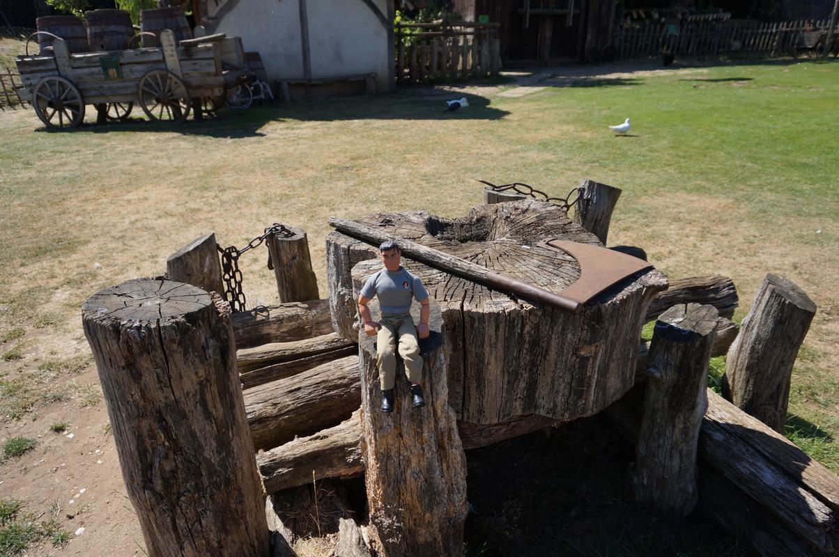 My MAM visiting Mountfitchet Castle. 32_AAC3_B5-5_CD8-4_F2_D-9_A81-580_A385_E3620