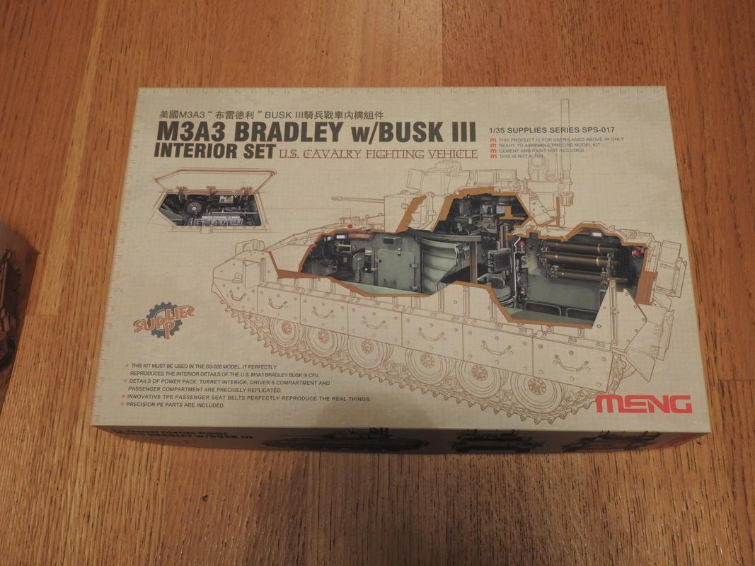 M3A3 Bradley TUSK III- Meng 1/35 DSCN5724