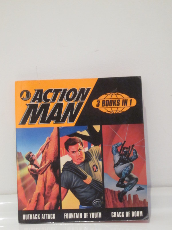 Action Man annuals and books - Page 2 IMG_4243
