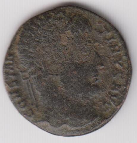 AE3 de Constantino I - PROVIDENTIAE AVGG. Puerta de Campamento. Antioquia. Ir239a