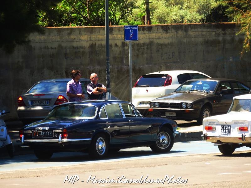 1° Raduno Auto d'Epoca - Gravina e Mascalucia Jaguar_XJ_4.2_171cv_77_FIA31112_2