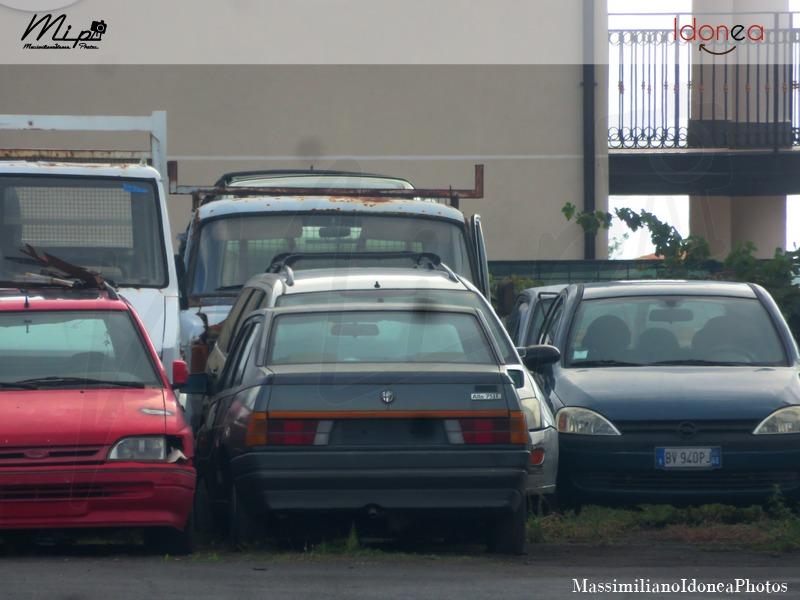 Auto Abbandonate - Pagina 38 Alfa_Romeo_75_1_1