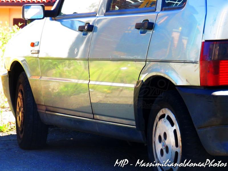 avvistamenti auto storiche - Pagina 21 Fiat_Uno_Scioneri_1.1_50cv_92_AH170_YG_3