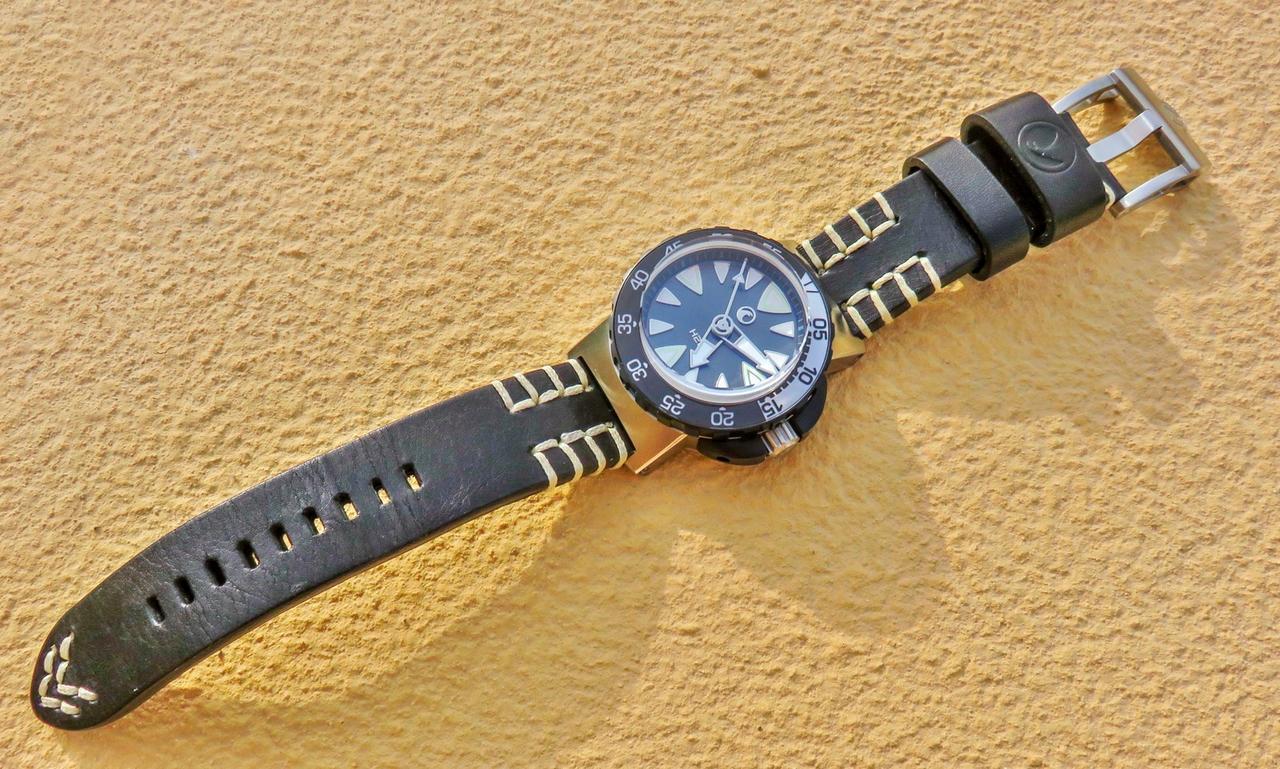 Votre montre du jour - Page 4 IMG_6711