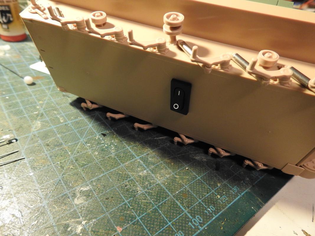 M3A3 Bradley TUSK III- Meng 1/35 - Sida 2 DSCN6059