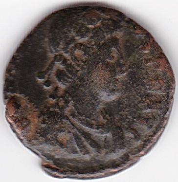AE3 tipo VIRTVS EXERCITI. Victoria coronando a emperador. Antioquía IR98_A