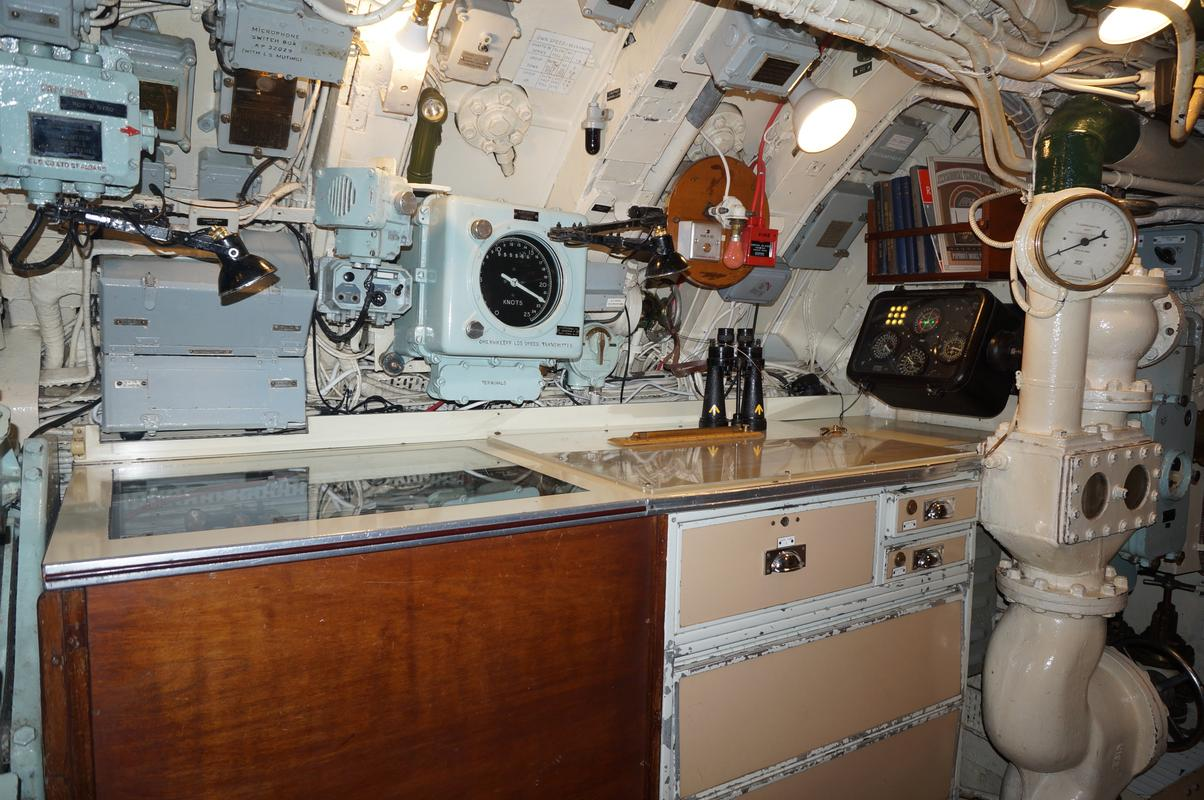 My Mam going through the HMS Alliance, the only remaining WW2 era submarine. E76_F0_EB1-820_D-4_D2_F-_BAF3-4902_DD634_DD2