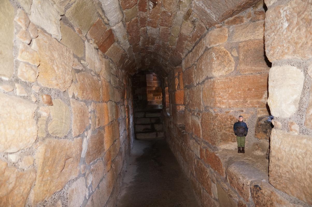 Action Man Linlithgow Palace random pictures 58517033-31_AB-44_D3-8_DA5-2_C2_A7_DDA1_EA1