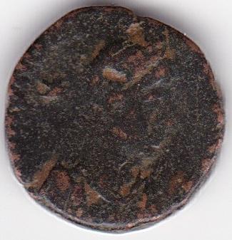 AE4 de Teodosio II. GLORI-A ROMA-NORVM. Los tres Emperadores estantes de frente. IR247_A