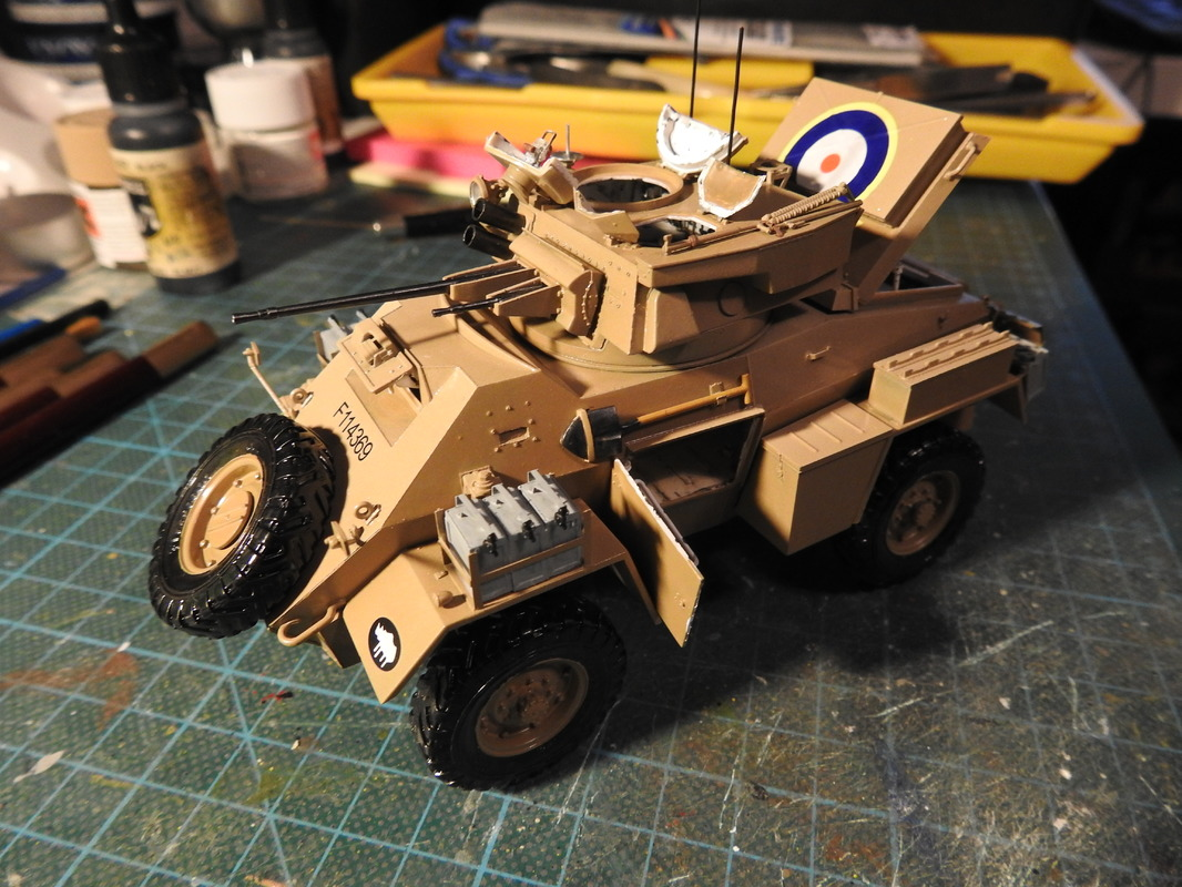 Humber Mark II, Bronco 1/35 - Sida 9 DSCN3455